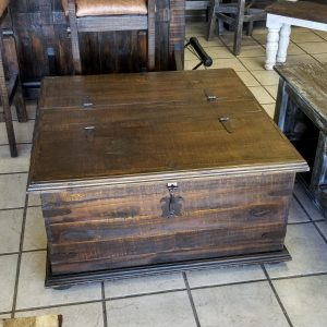 TRUNK COFFEE TABLE - BROWN