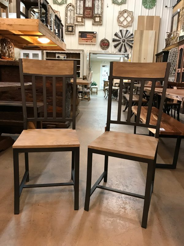 IRON & WOOD DINING CHAIR