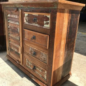 4 DRAWER AND 1 SHUTTER SIDEBOARD
