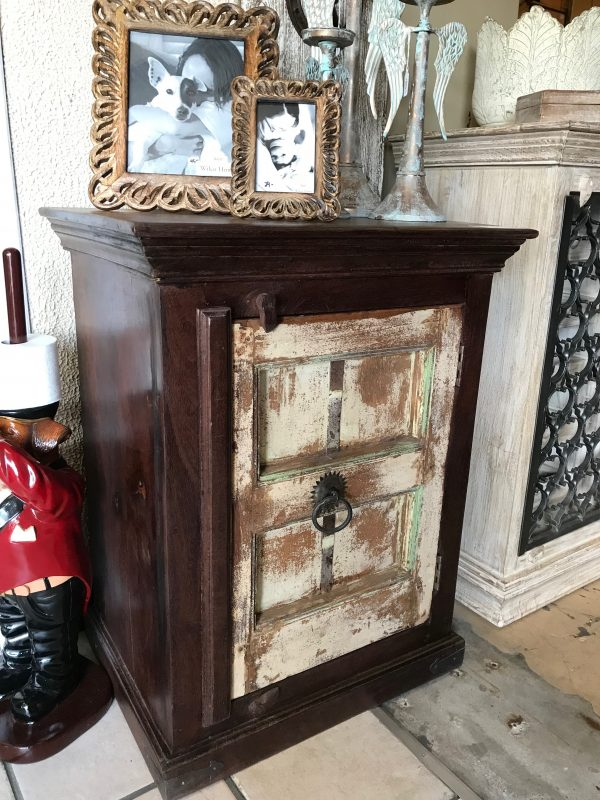 OLD TOWN NIGHT STAND