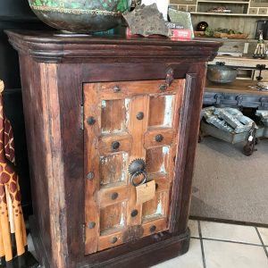 OLD TOWN NIGHTSTAND ROUNDED