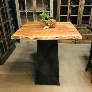 LIVE EDGE PUB TABLE